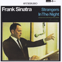 Frank Sinatra - Strangers In The Night (Live)