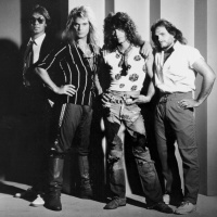 Van Halen - I Can't Stop Loving You