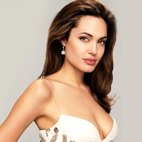 Анджелина Джоли больше не хочет отношений с мужчинами