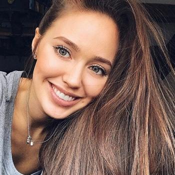 Дмитрий Тарасов и Анастасия Костенко впервые вместе вышли в свет