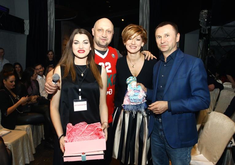 Гоша Куценко собрал друзей на благотворительный вечер