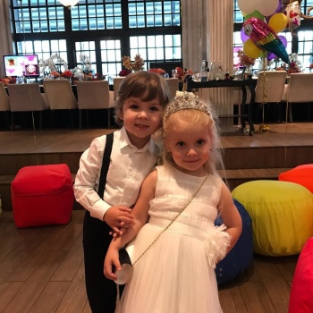 Дети трогательно поздравили Аллу Пугачеву с днем рождения
