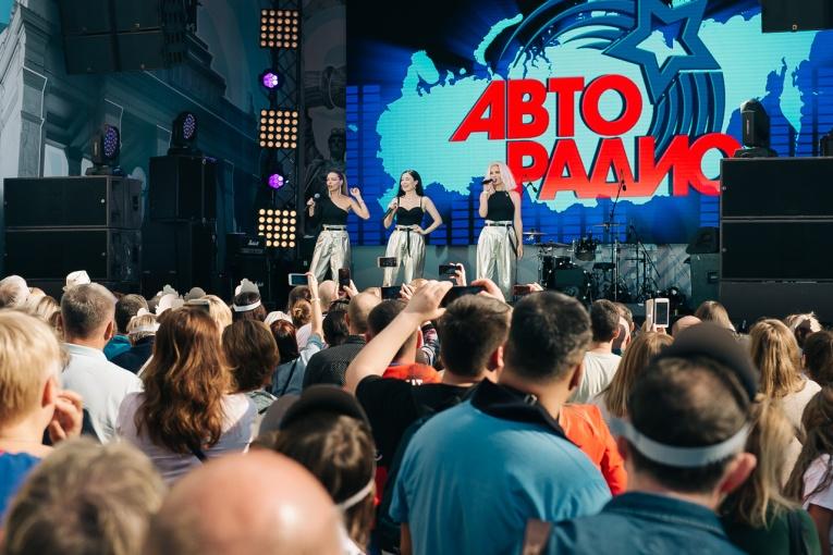 Звезды «Авторадио» поздравили москвичей с Днем города