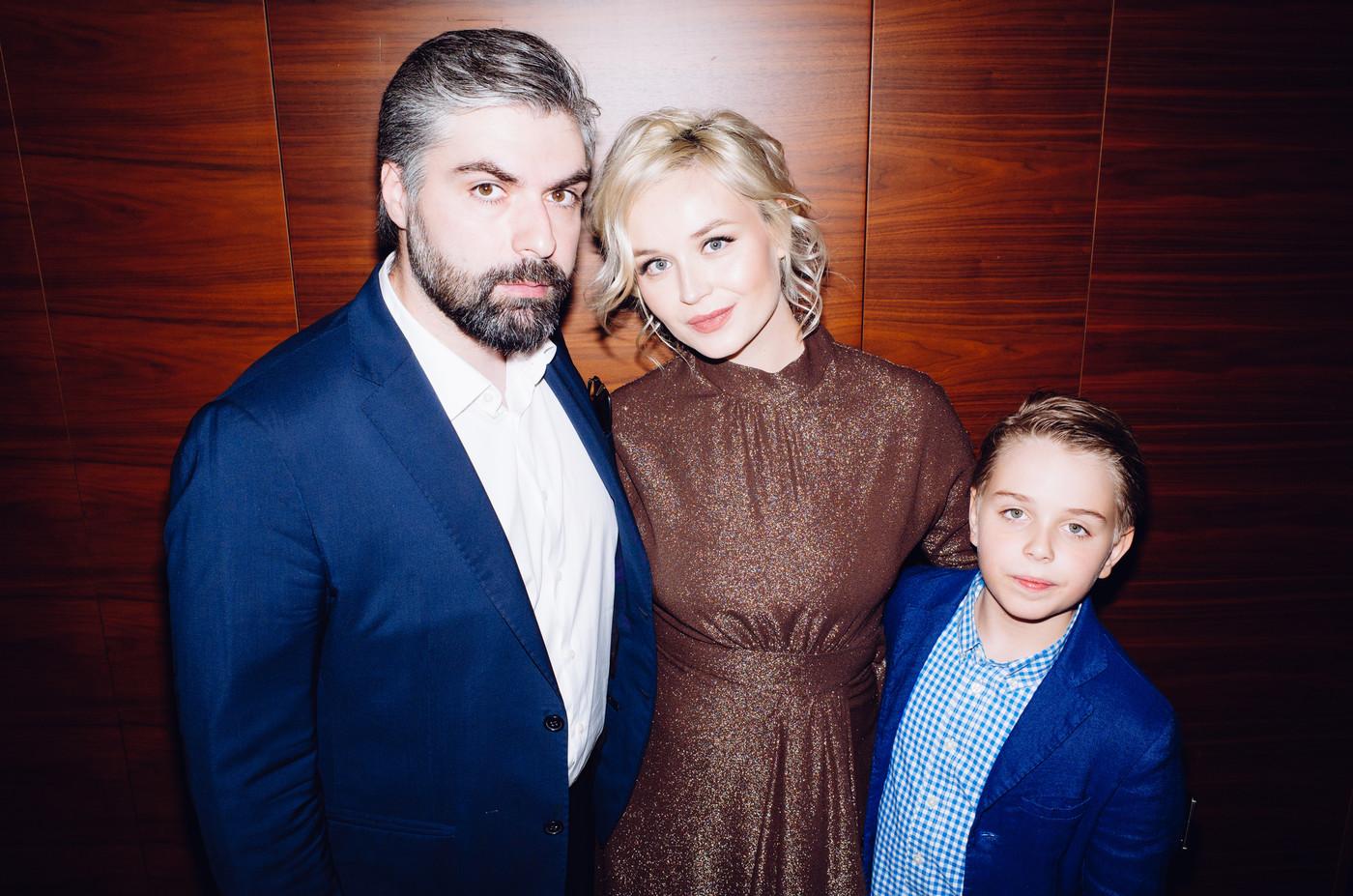 У Полины Гагариной и её семьи возникли проблемы в аэропорту