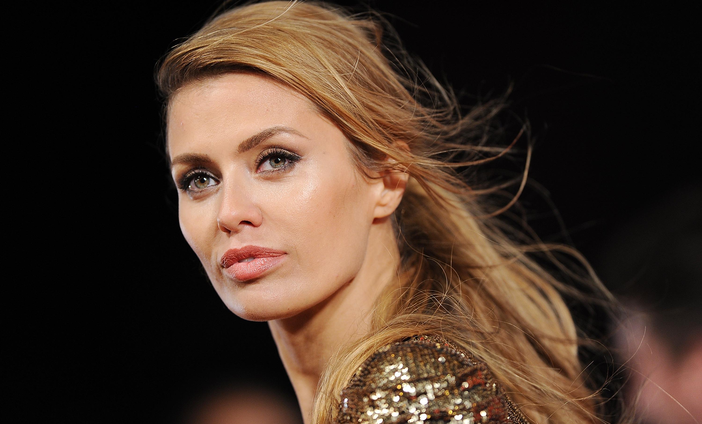 Виктория Боня рассказала о борьбе с неправильным прикусом
